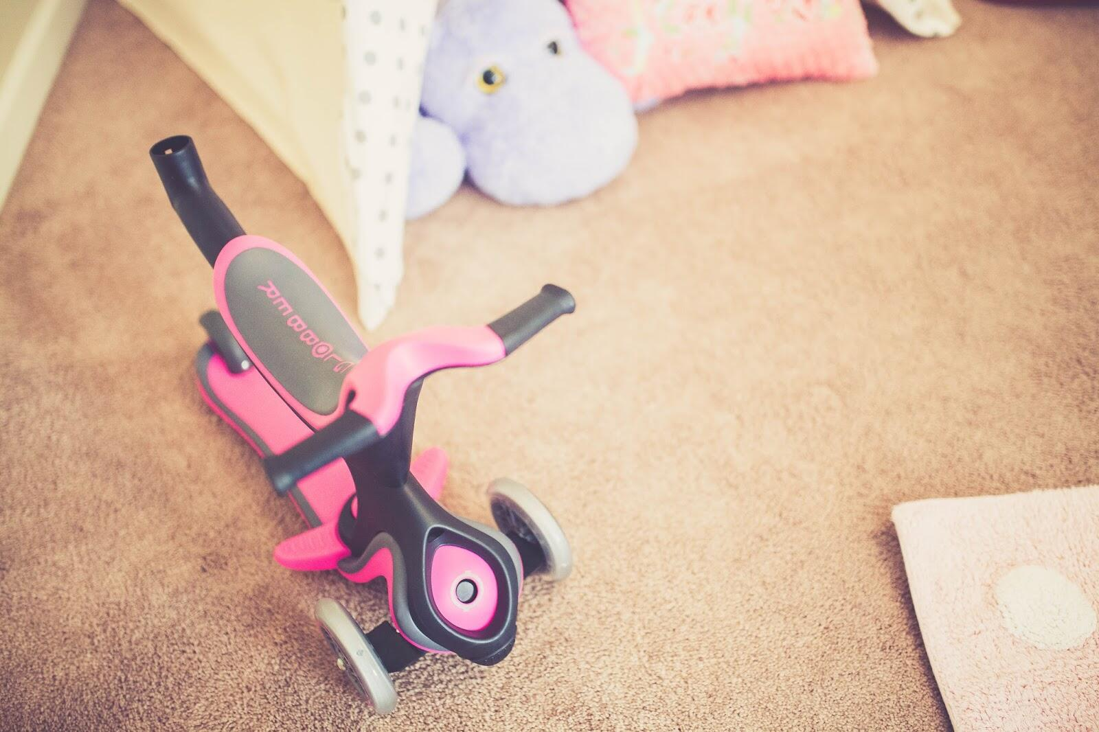 Christmas Gift Guide - Toddler Toys by East Memphis mom blogger Walking in Memphis in High Heels
