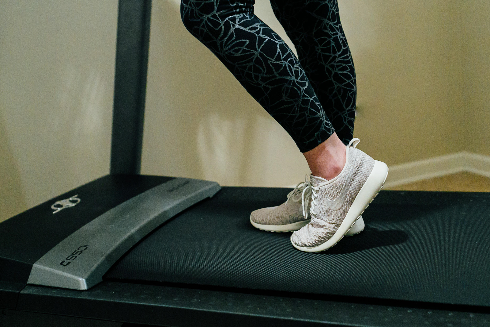5 Tips to Make Time For Exercise at Home by lifestyle blogger Laura from Walking in Memphis in High Heels
