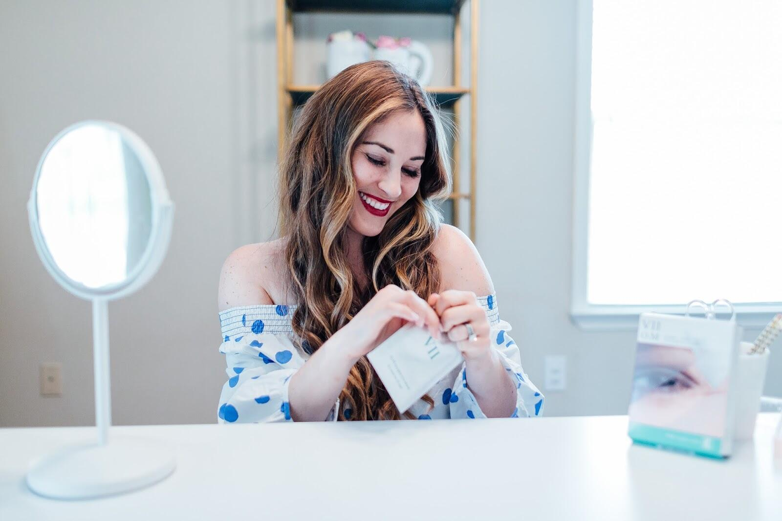 The Eye Mask For Sleeping: The Secrets to Waking up Looking & Feeling Refreshed by fashion blogger Laura from Walking in Memphis in High Heels