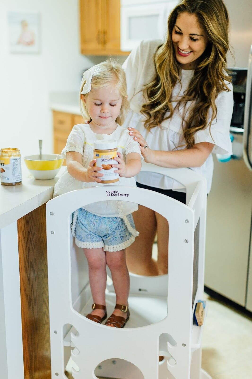 Cooking with Kids - Healthy Paleo Brownie Recipe by lifestyle blogger Laura of Walking in Memphis in High Heels
