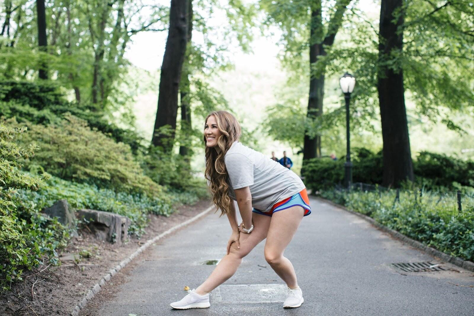 My favorite Healthy Eating & Fitness App by lifestyle blogger Laura of Walking in Memphis in High Heels