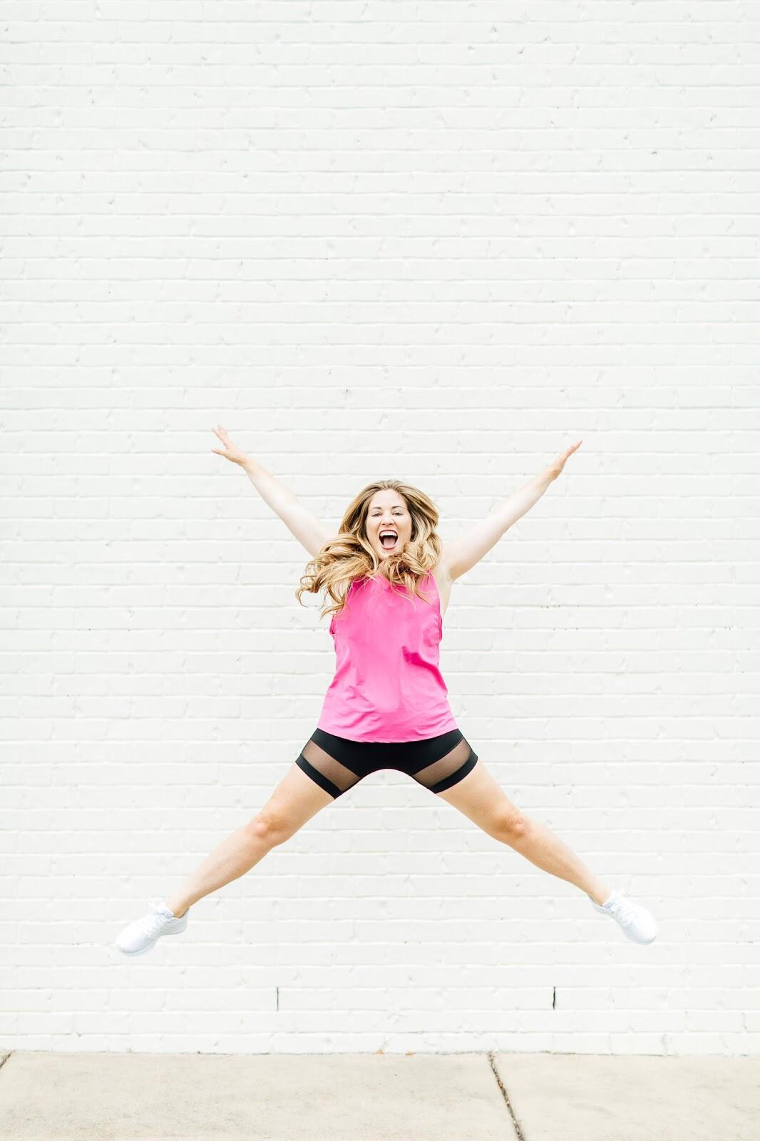 30 Day Workout Challenge - All about that Booty by popular blogger Walking in Memphis in High Heels