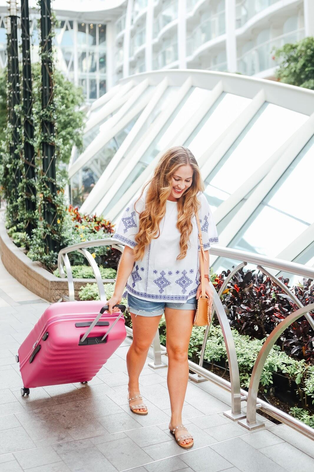 The Ultimate Packing Checklist for an International Trip by popular blogger Walking in Memphis in High Heels