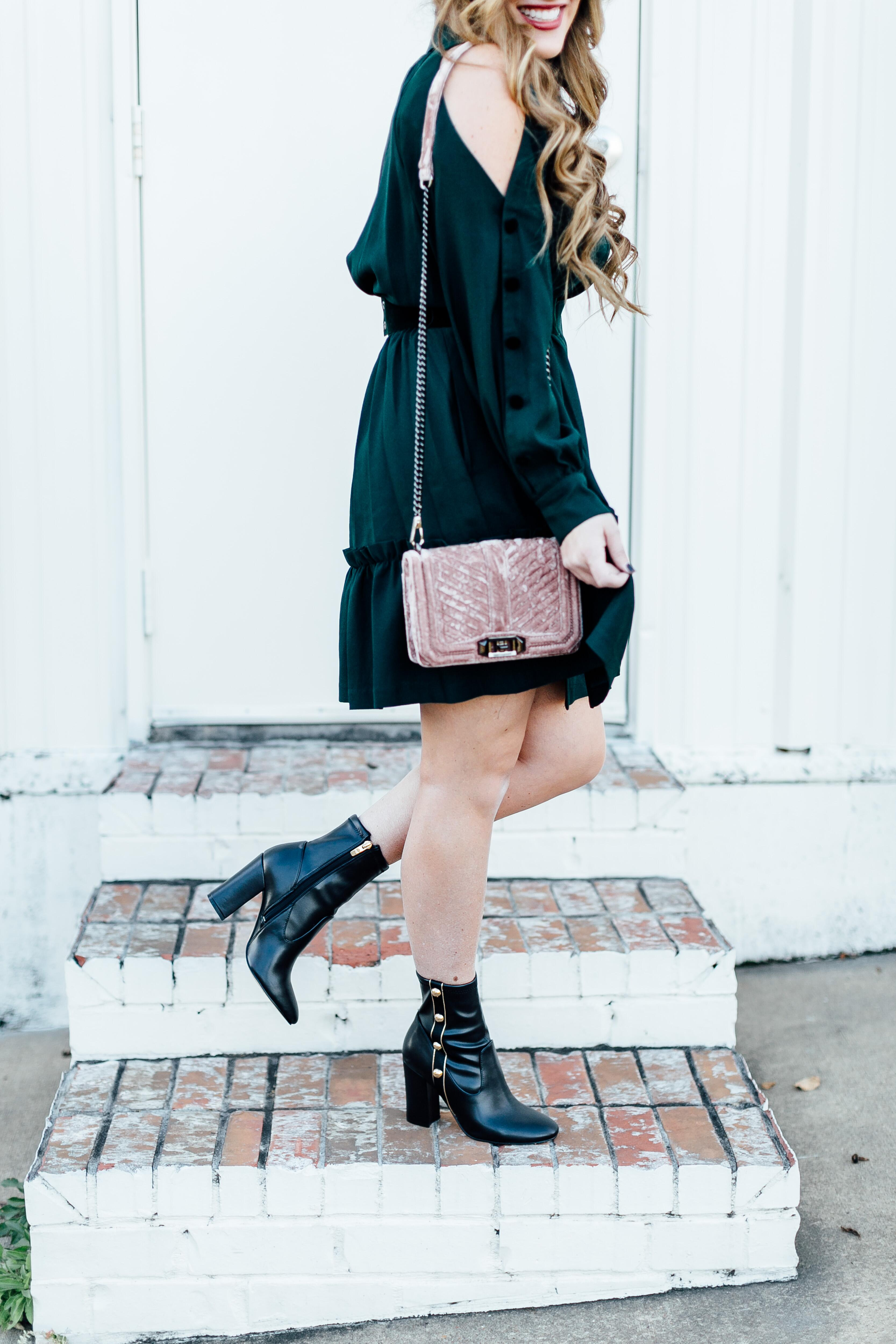 Thanksgiving Outfit Blog Hop by East Memphis fashion blogger Walking in Memphis in High Heels