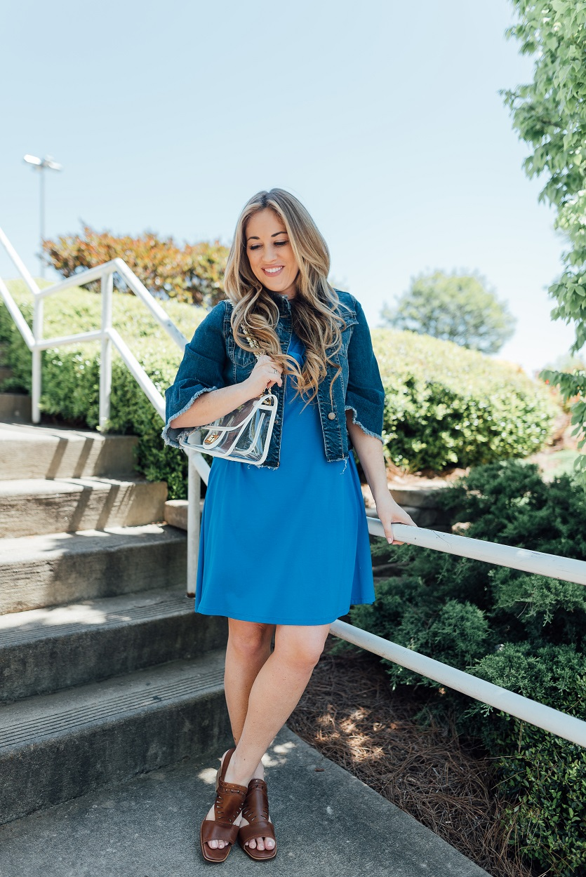 Zappos Sandals featured by popular fashion blogger, Walking in Memphis in High Heels