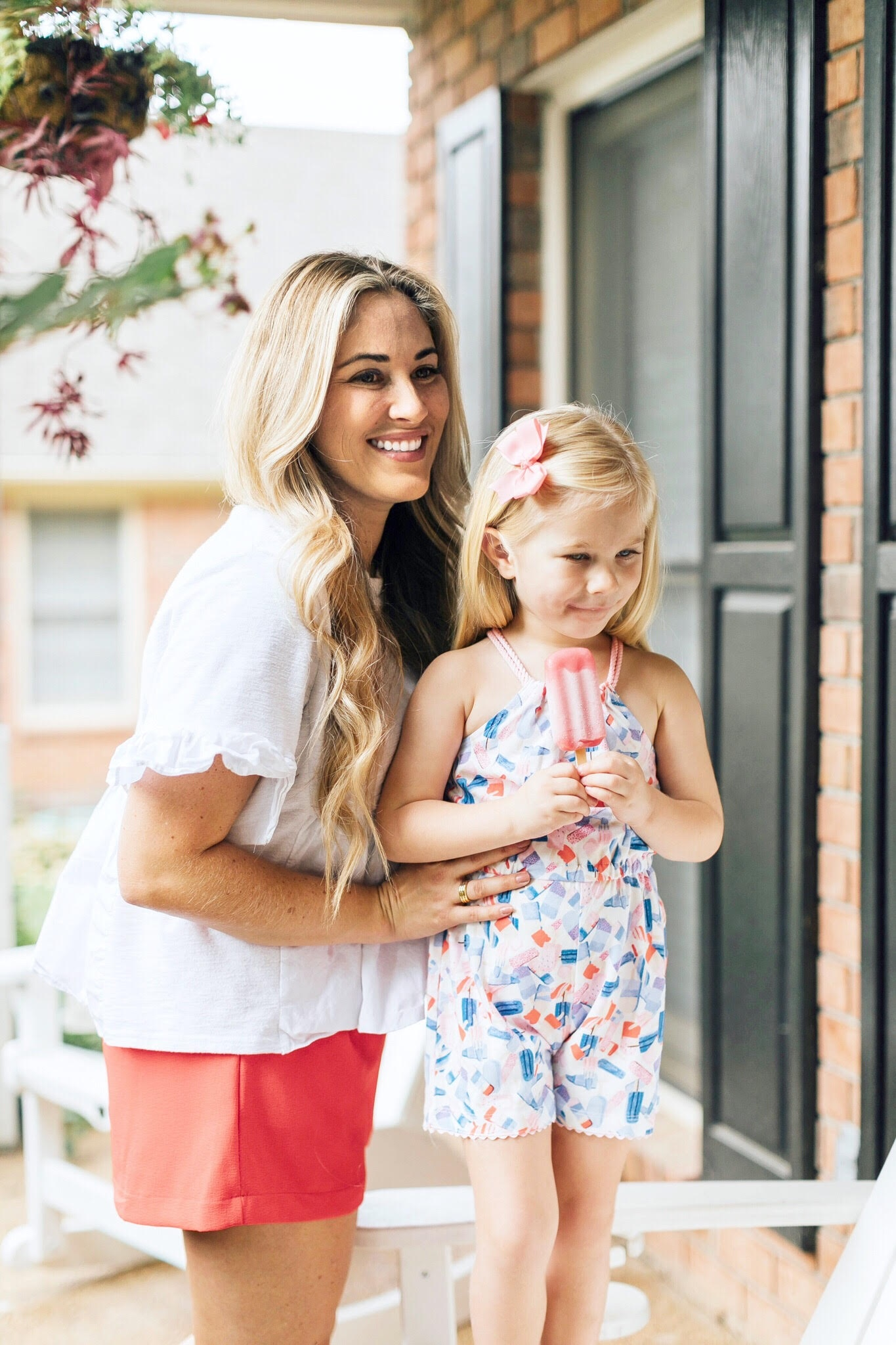 Mommy and Me Labor Day outfits featured by popular fashion blogger, Walking in Memphis in High Heels