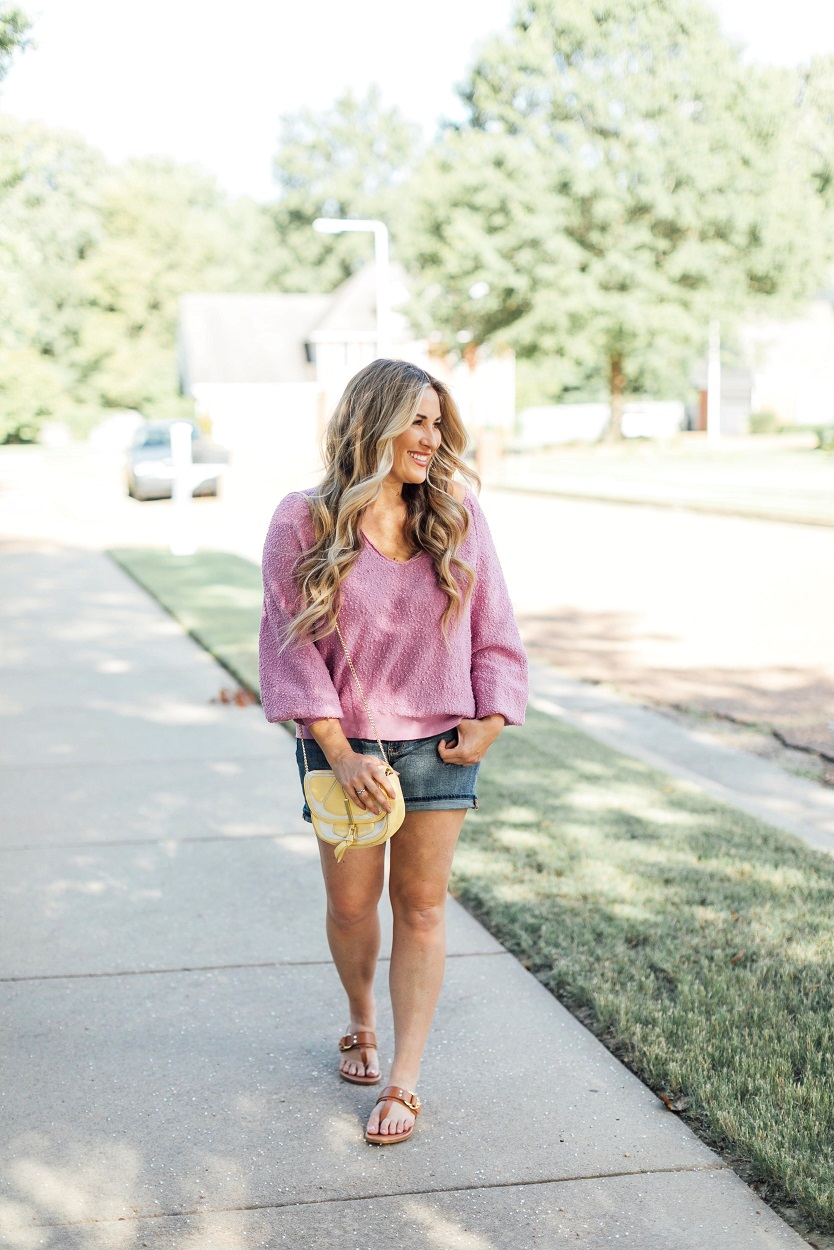 Tory Burch summer sandals styled by popular fashion blogger, Walking in Memphis in High Heels