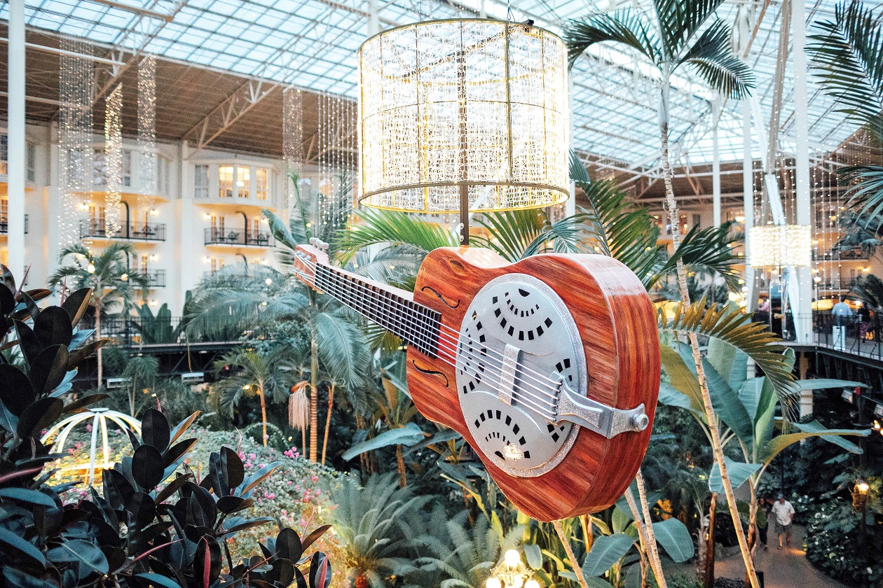 Things to do at Gaylord Opryland in Nashville featured by popular travel blogger, Walking in Memphis in High Heels
