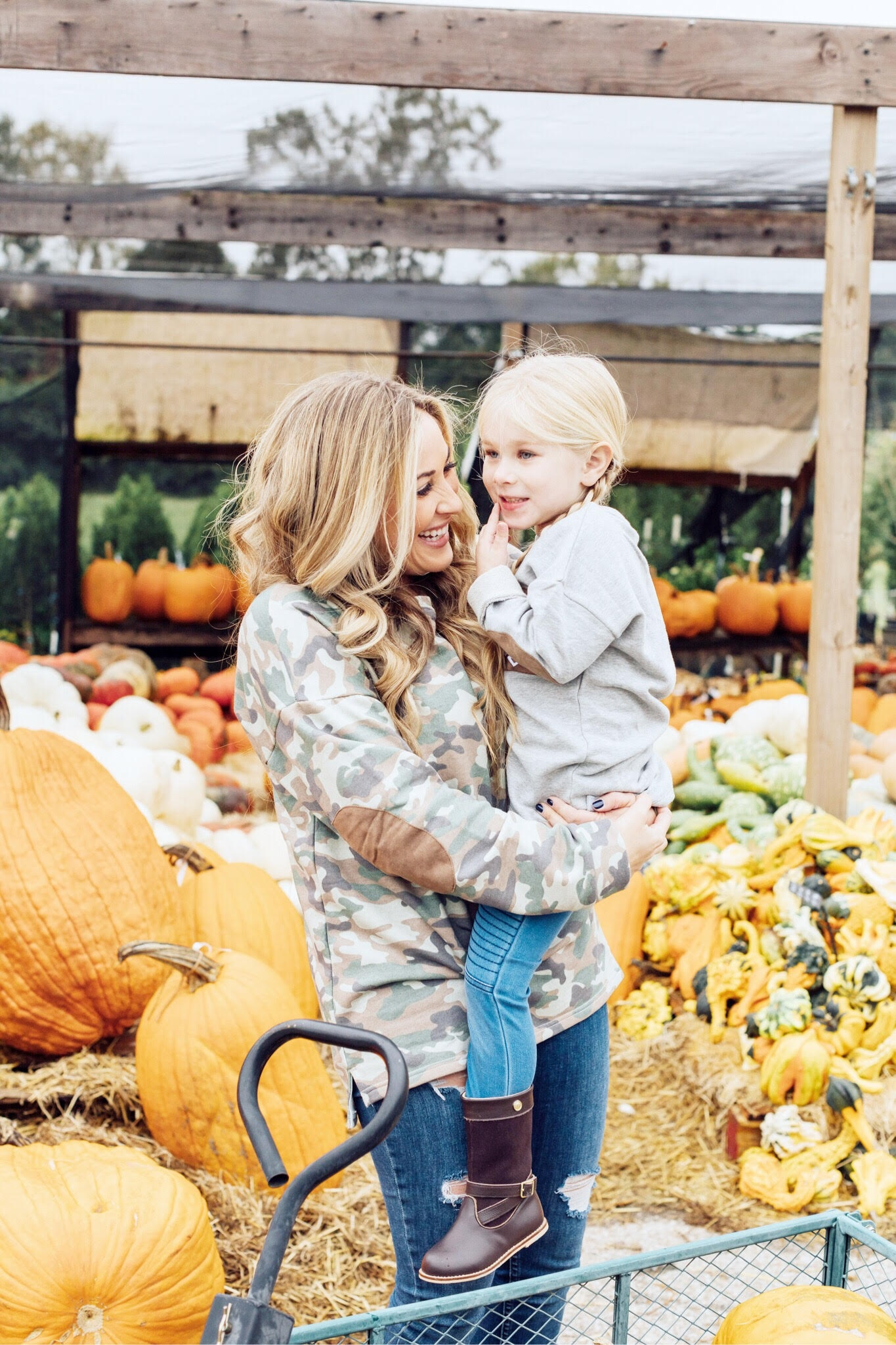 5 Places to Visit in Memphis this Fall + Marleylilly Tunic for Mama & Mini Giveaway!!