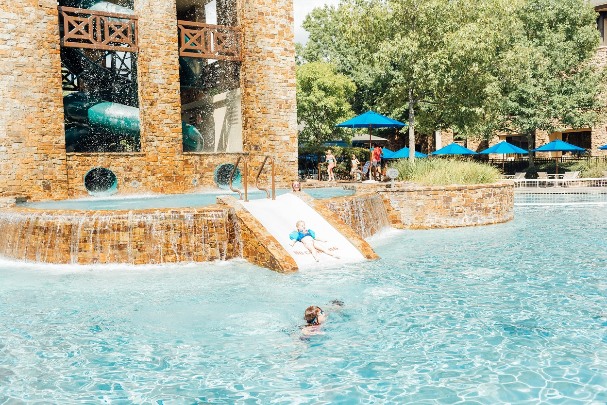 The Best Kid Friendly Resort in Woodlands, TX featured by top travel blogger, Walking in Memphis in High Heels