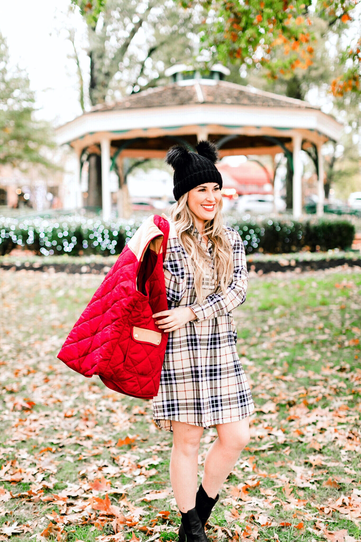 5 Cute Vests to Layer with + $100 Lauren James Gift Card Giveaway!!