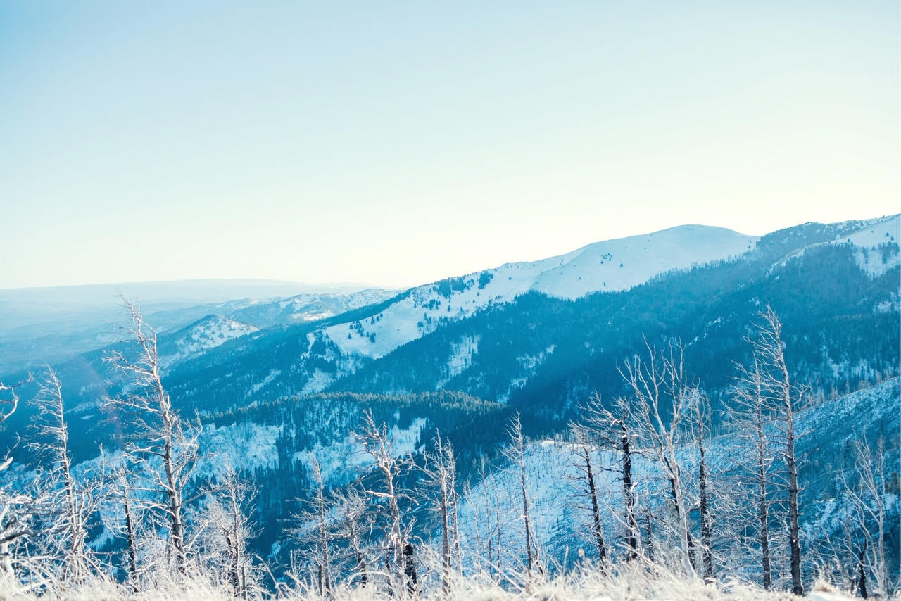 The Best Things to Do in Ruidoso, NM in Winter featured by top US travelb log, Walking in Memphis in High Heels