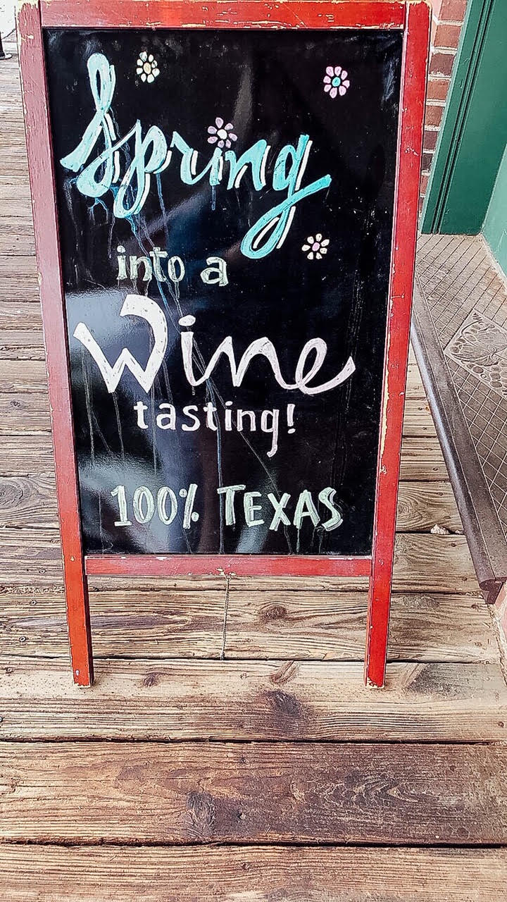 Dallas travel guide: where to eat, stay and do, featured by top US travel blog, Walking in Memphis in High Heels