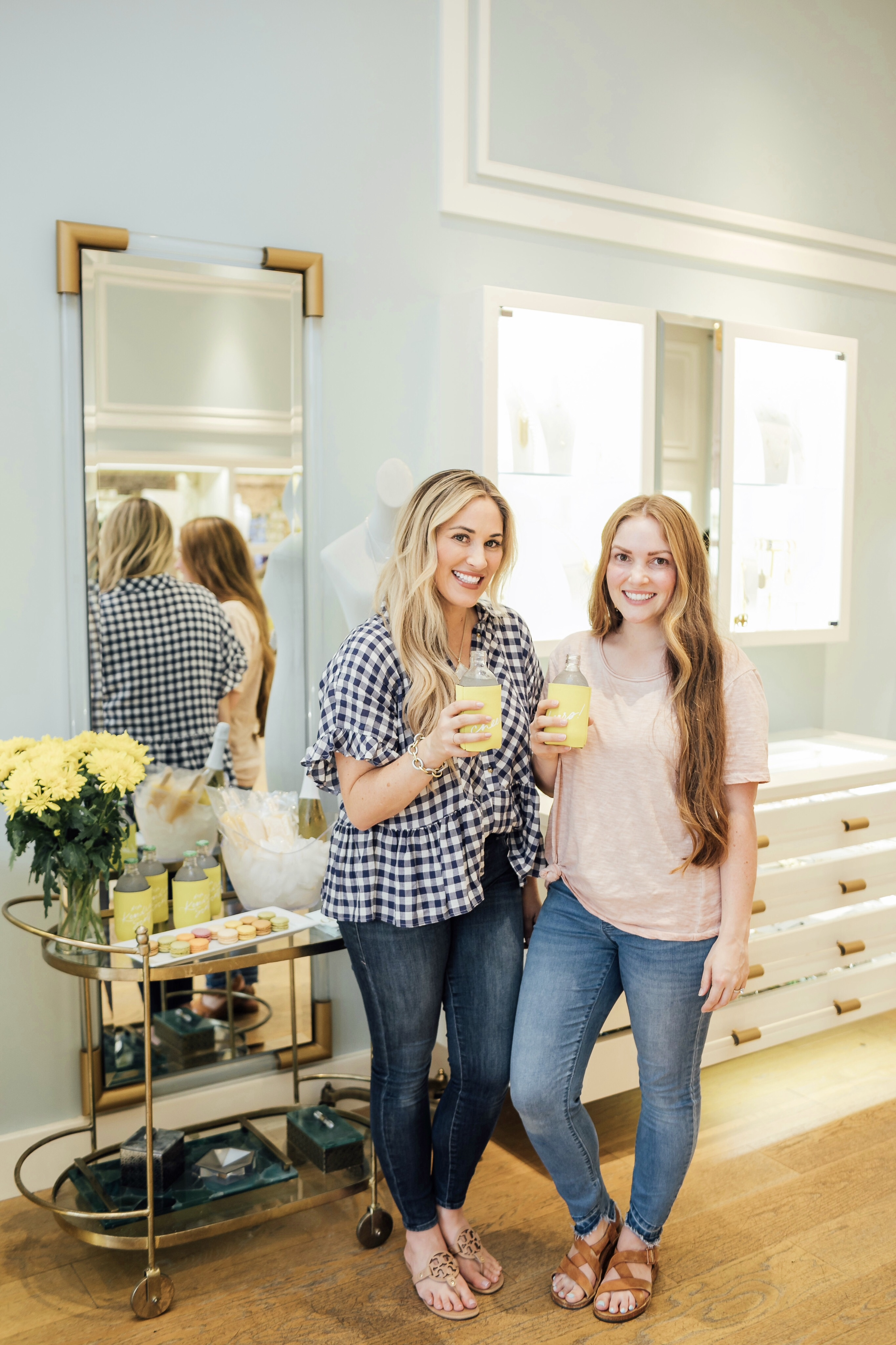 Kendra Scott Color Bar Bridal Party featured by top US lifestyle blog, Walking in Memphis in High Heels