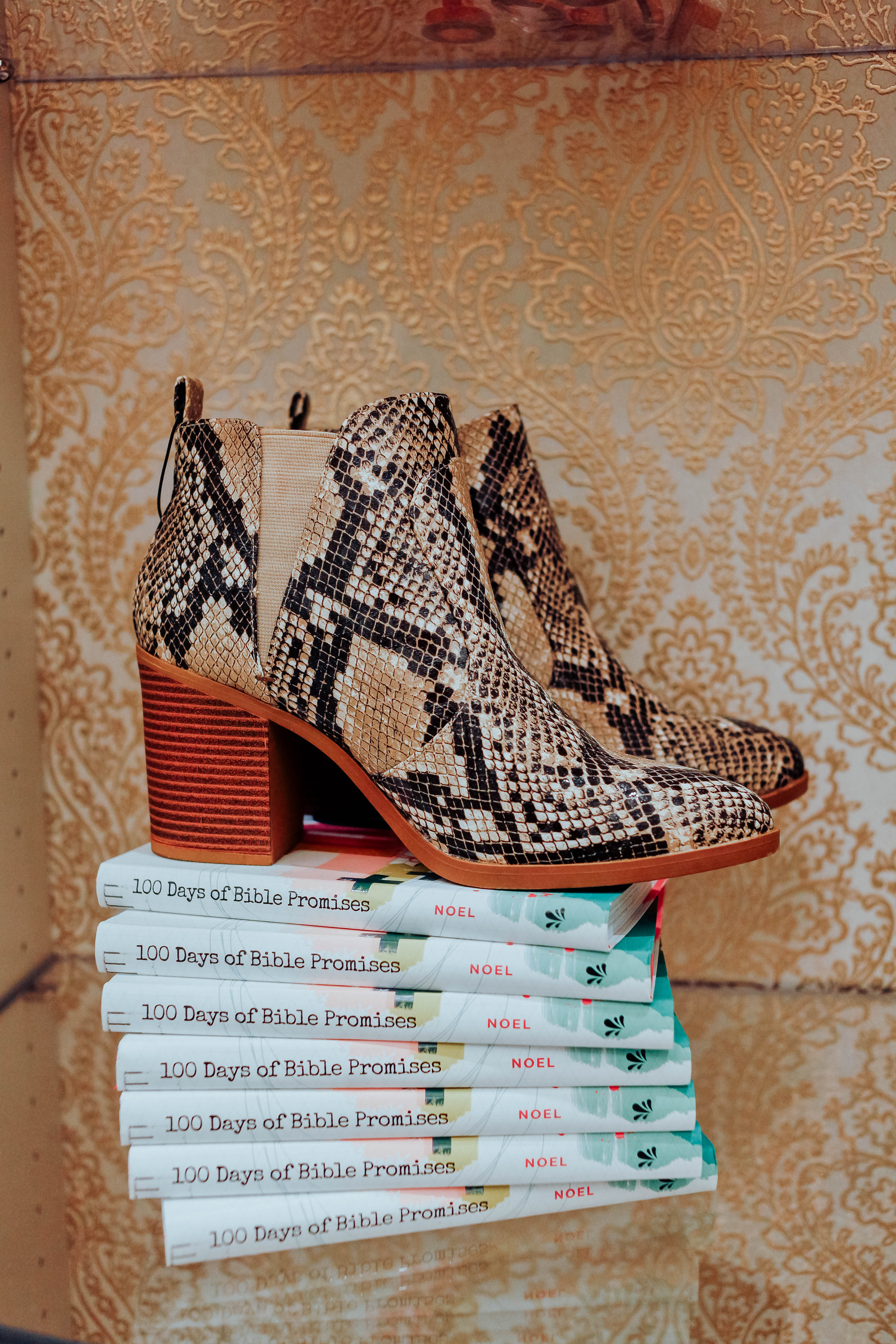 Shop for good with Altar'd State featured by top US fashion blog, Walking in Memphis in High Heels.