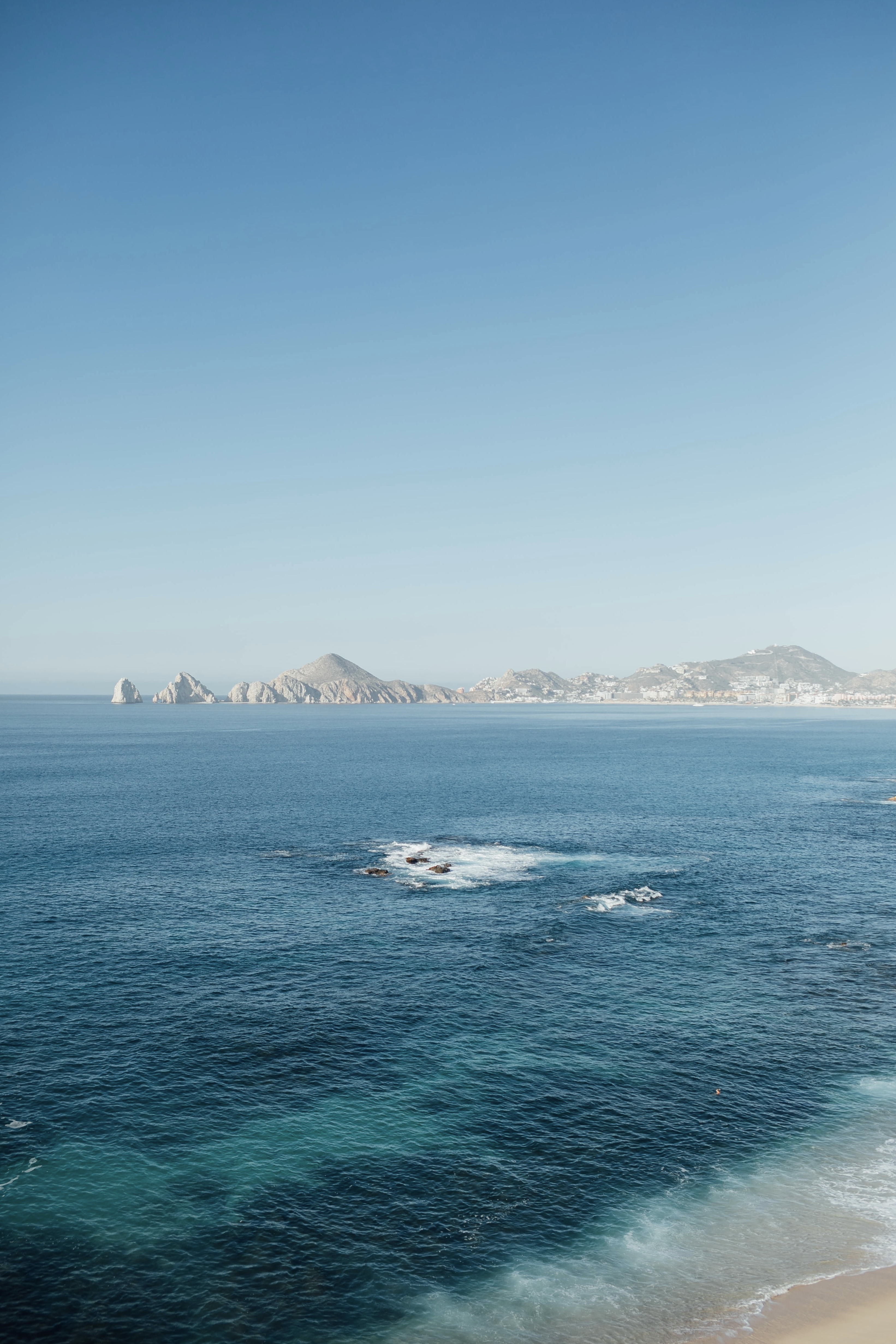 Top 10 Fall Honeymoon Destinations featured by top US travel blog, Walking in Memphis in High Heels: image of Cabo San Lucas, Mexico