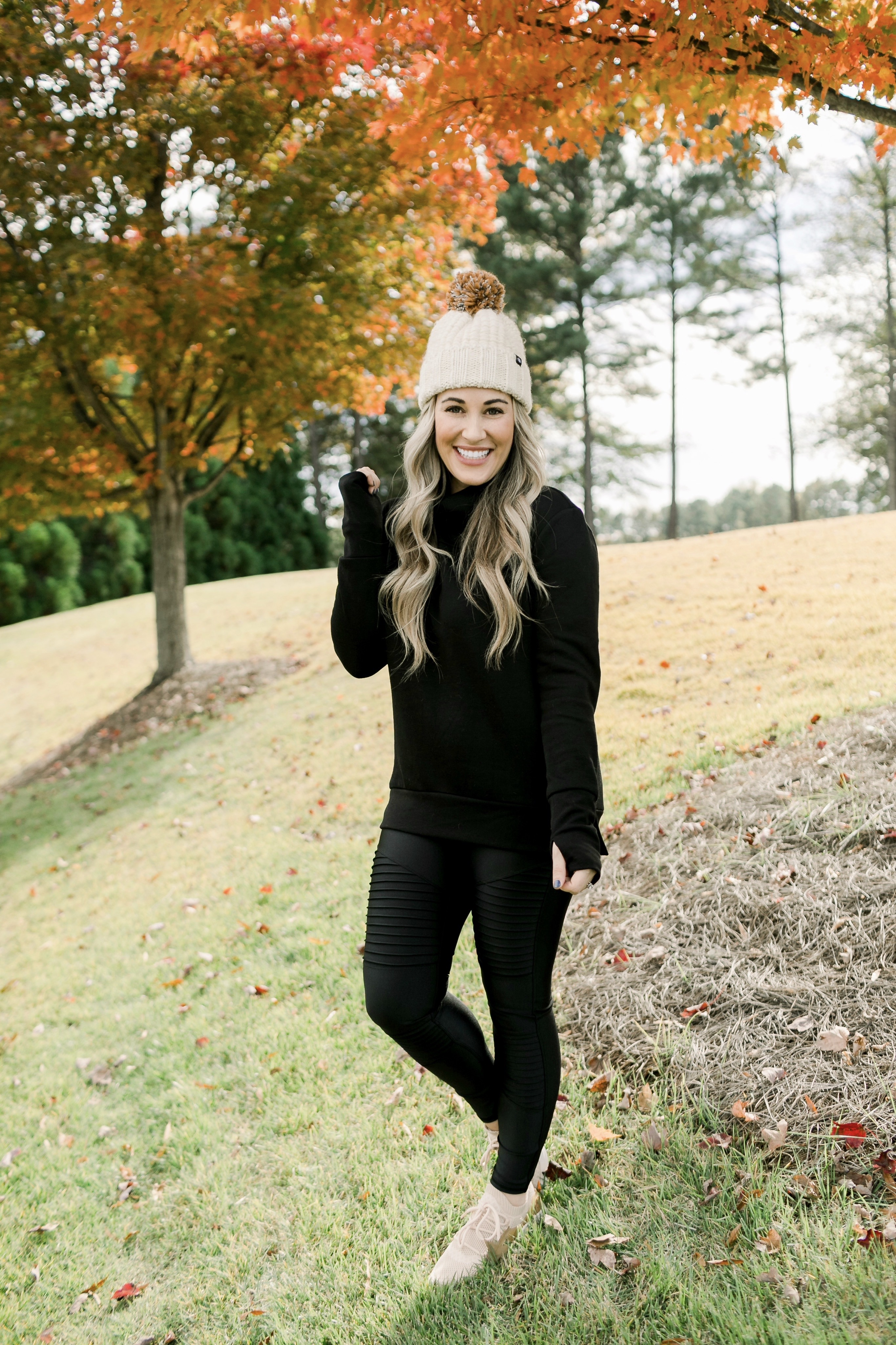 Holiday Honey Hustle Week 6 – Cold Weather Active Wear + Ultimate Fitness Giveaway!!