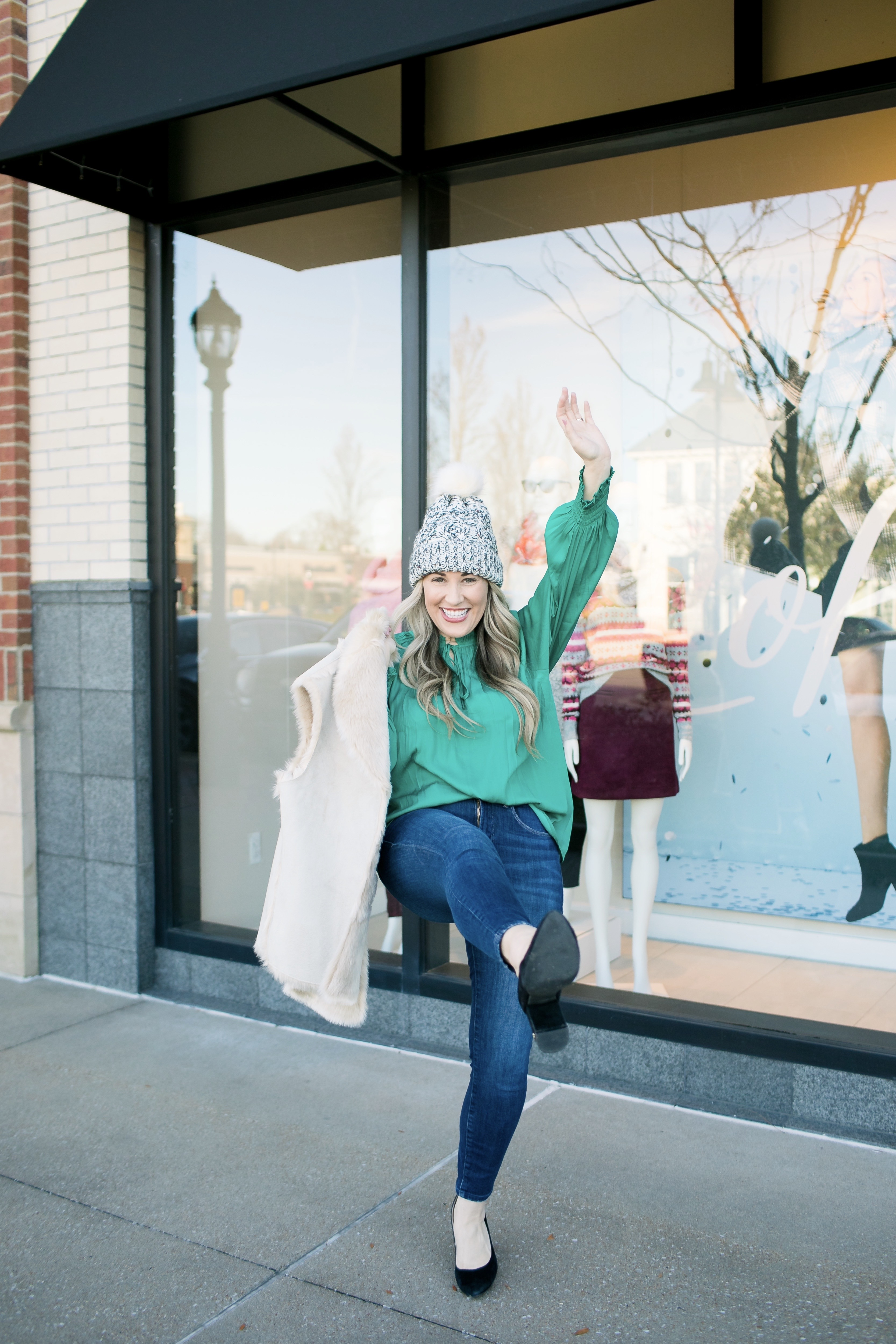 Loft Gift Ideas for Her featured by top US life and style blog, Walking in Memphis in High Heels.