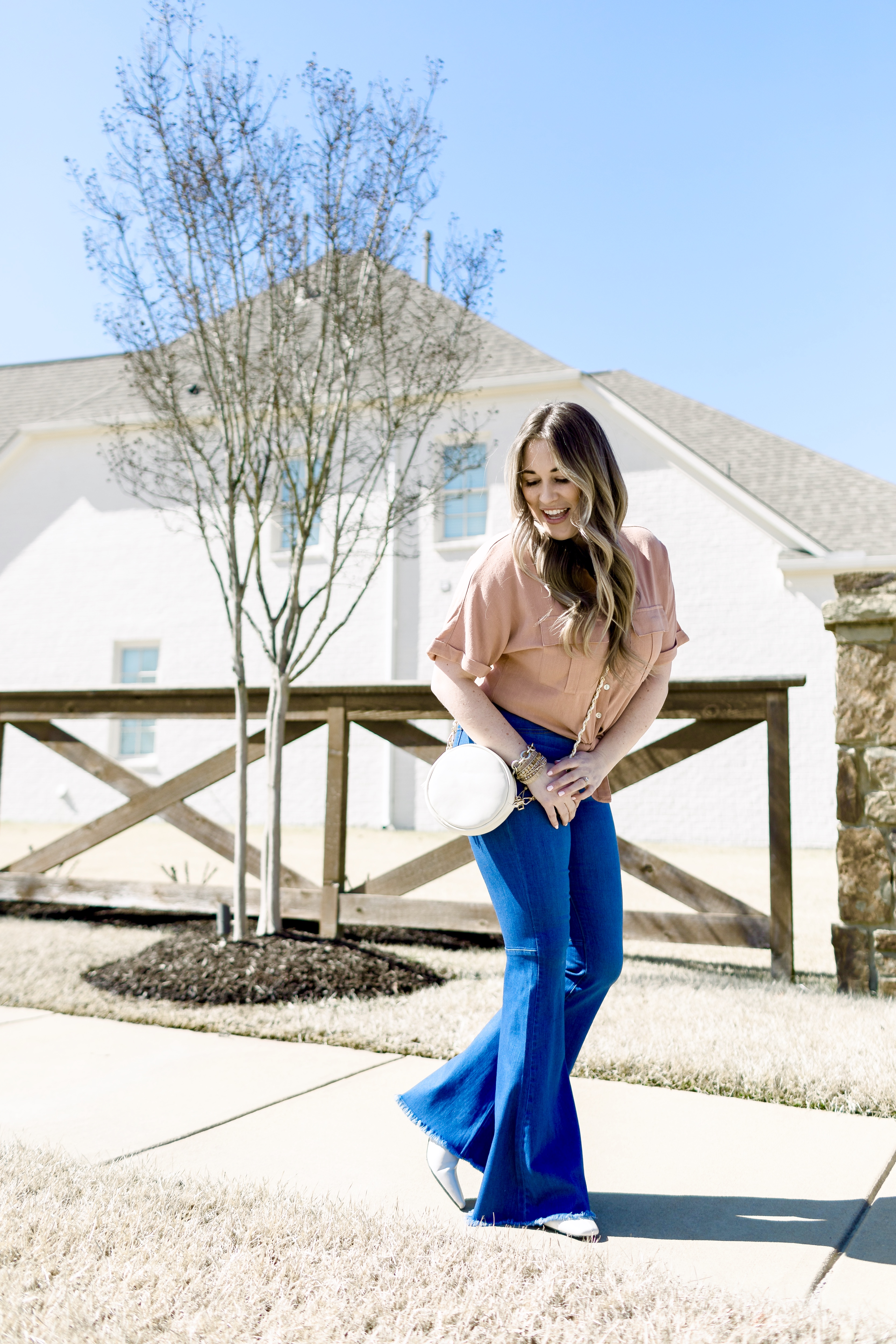 Southern Womens Show Memphis featured by top Memphis fashiong blogger, Walking in Memphis in High Heels.