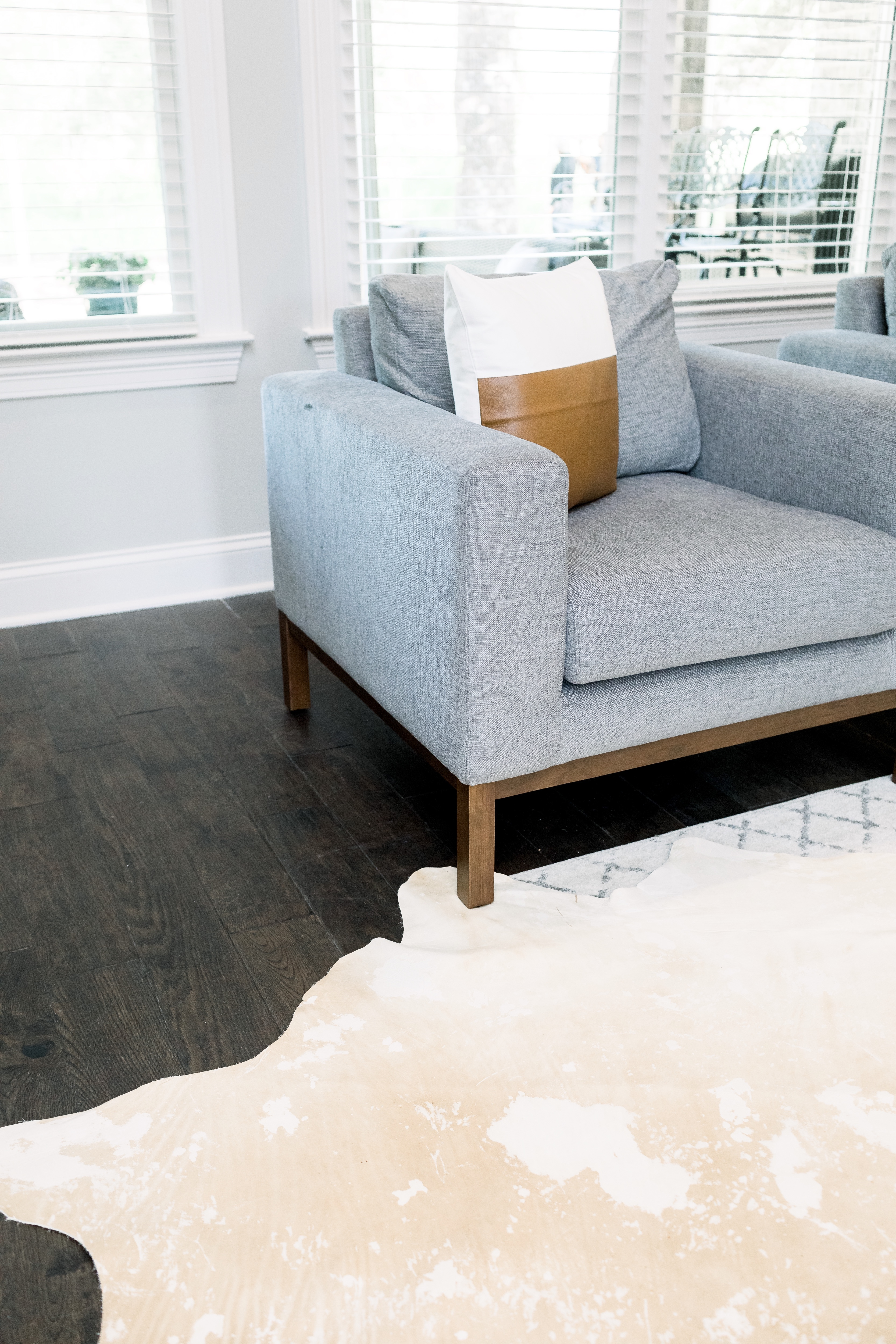 How to choose the best Wayfair rug for your home, tips featured by top US lifestyle blog, Walking in Memphis in High Heels.