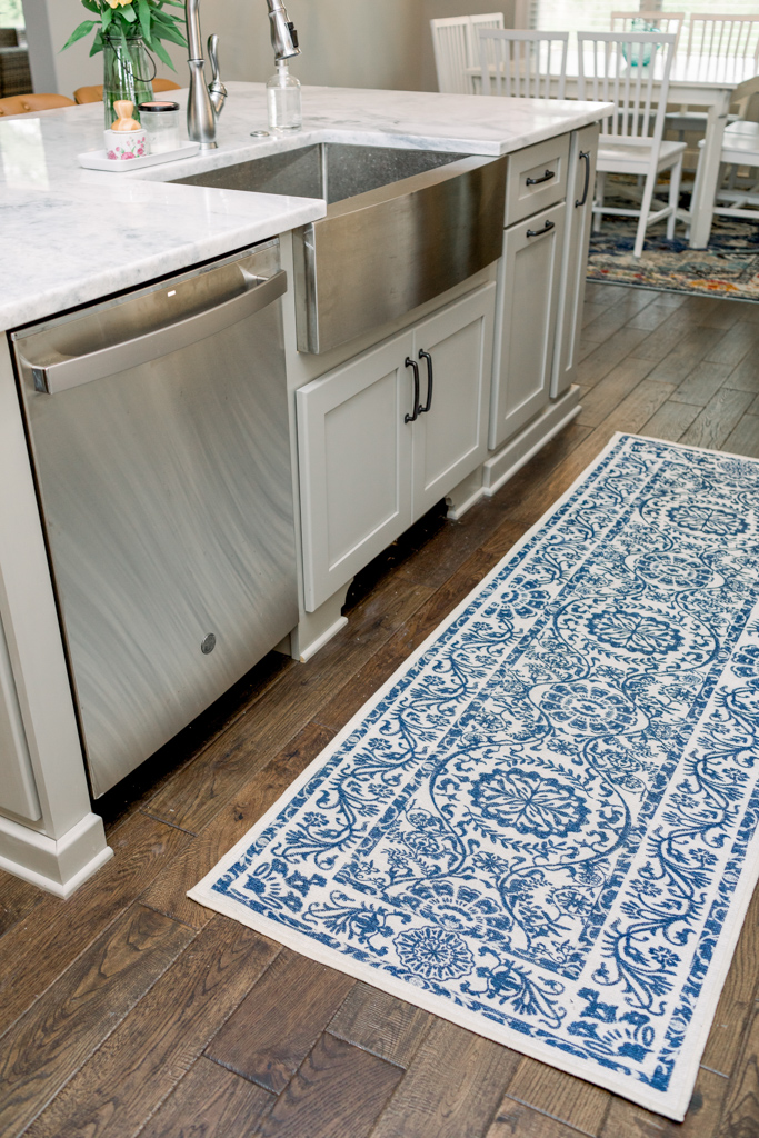 White Farmhouse Kitchen featured by top Memphis lifestyle blog, Walking in Memphis in High Heels.