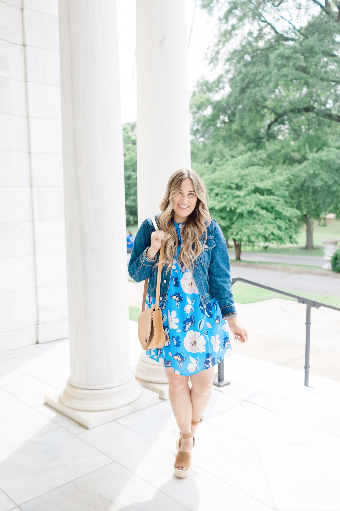 Summer colors featured by top Memphis fashion blogger, Walking in Memphis in High Heels: image of a woman wearing a Pink Lily blue floral dress.