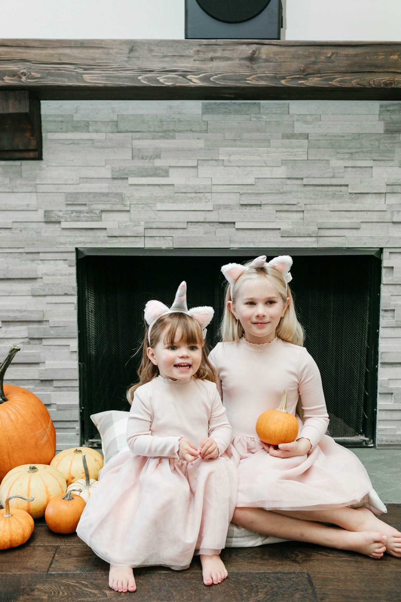 Easy Halloween Family Costumes to Create with Pieces You Already Own in Your Closet featured by top Memphis lifestyle blogger, Walking in Memphis in High Heels.