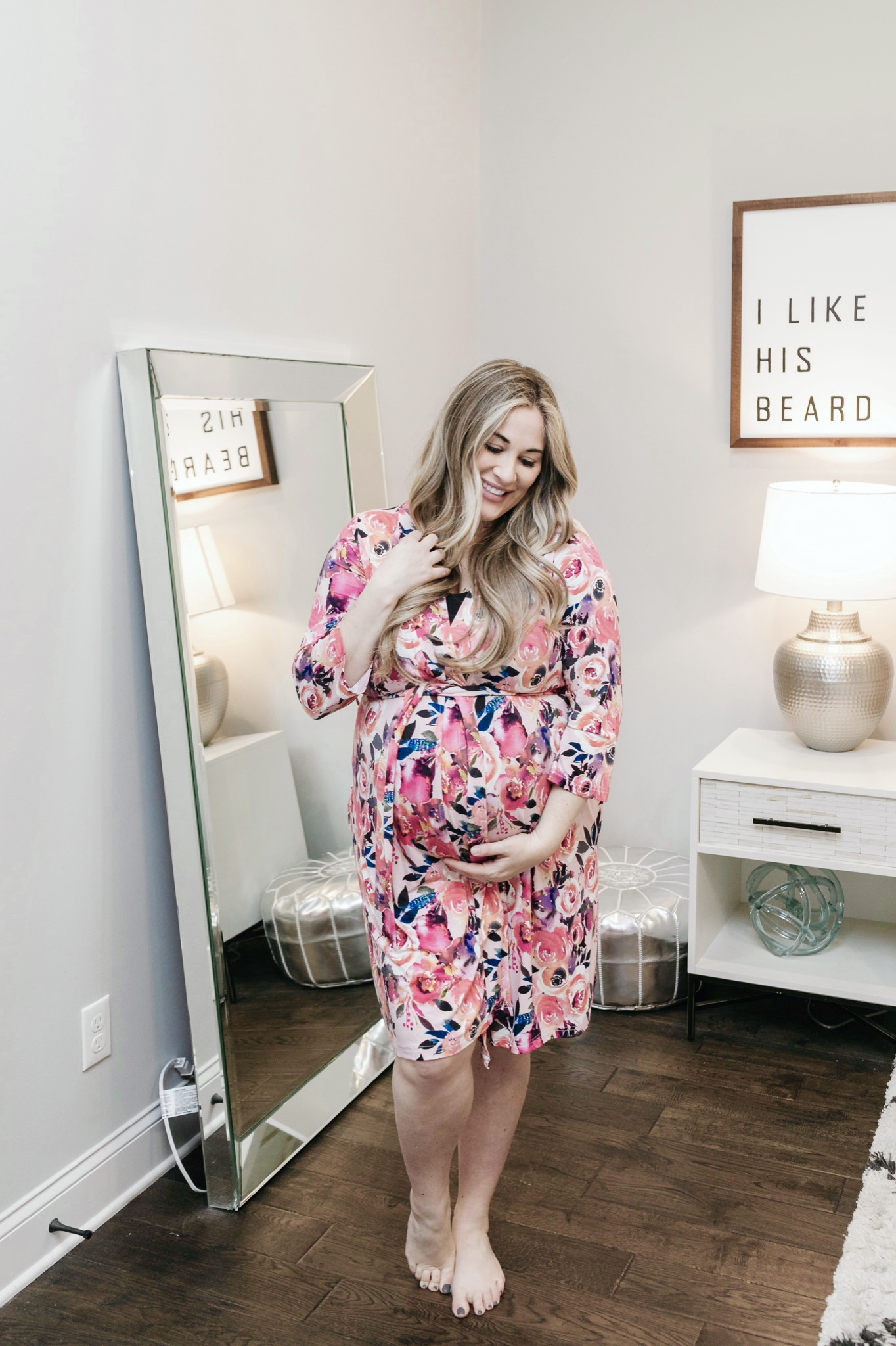 Third Trimester Bumpdate + High Risk Pregnancy Update featured by top Memphis mommy blogger, Walking in Memphis in High Heels.