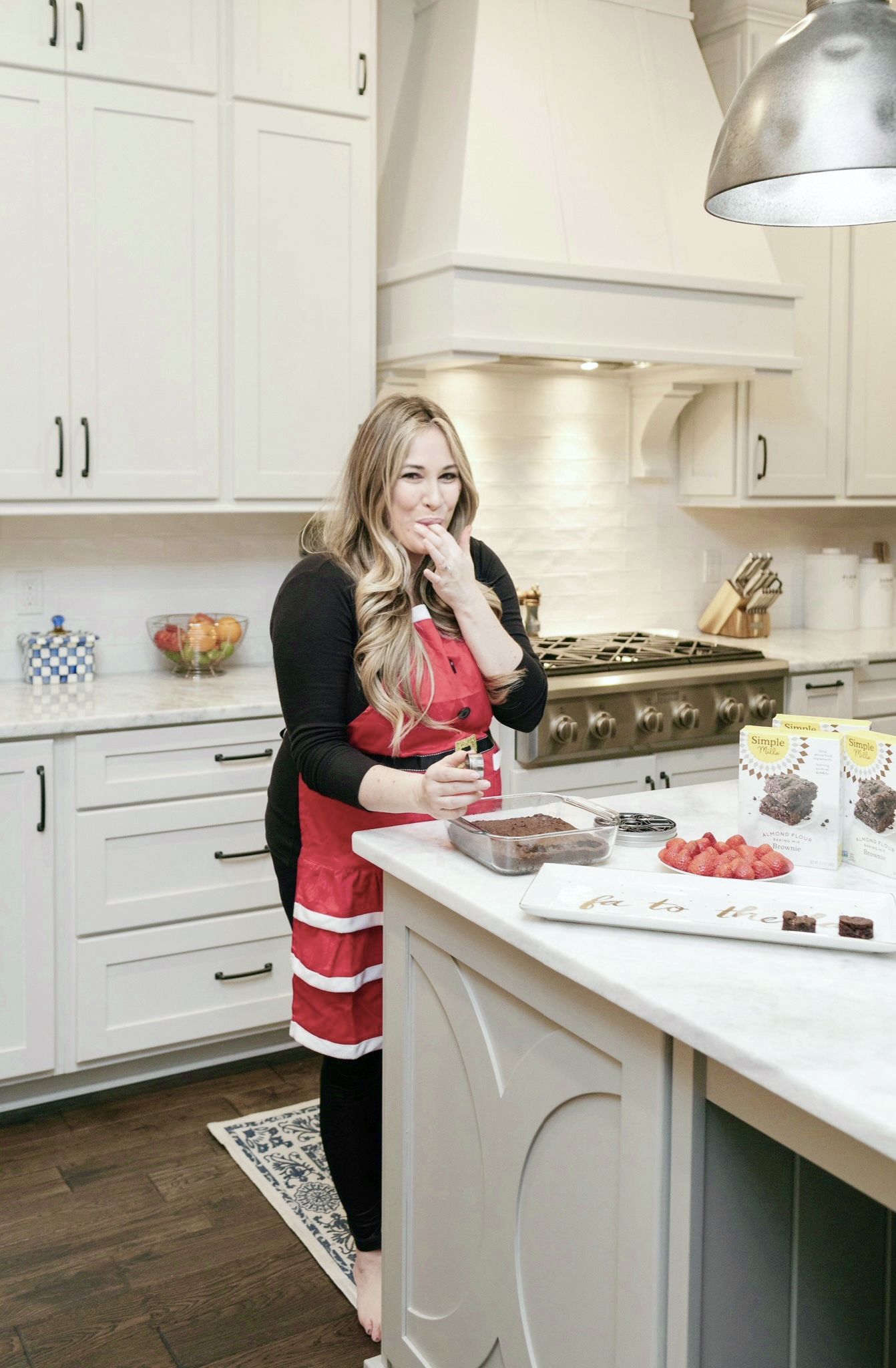 Easy and Healthy Holiday Treats to Bake with Simple Mills featured by top Memphis lifestyle blogger, Walking in Memphis in High Heels.