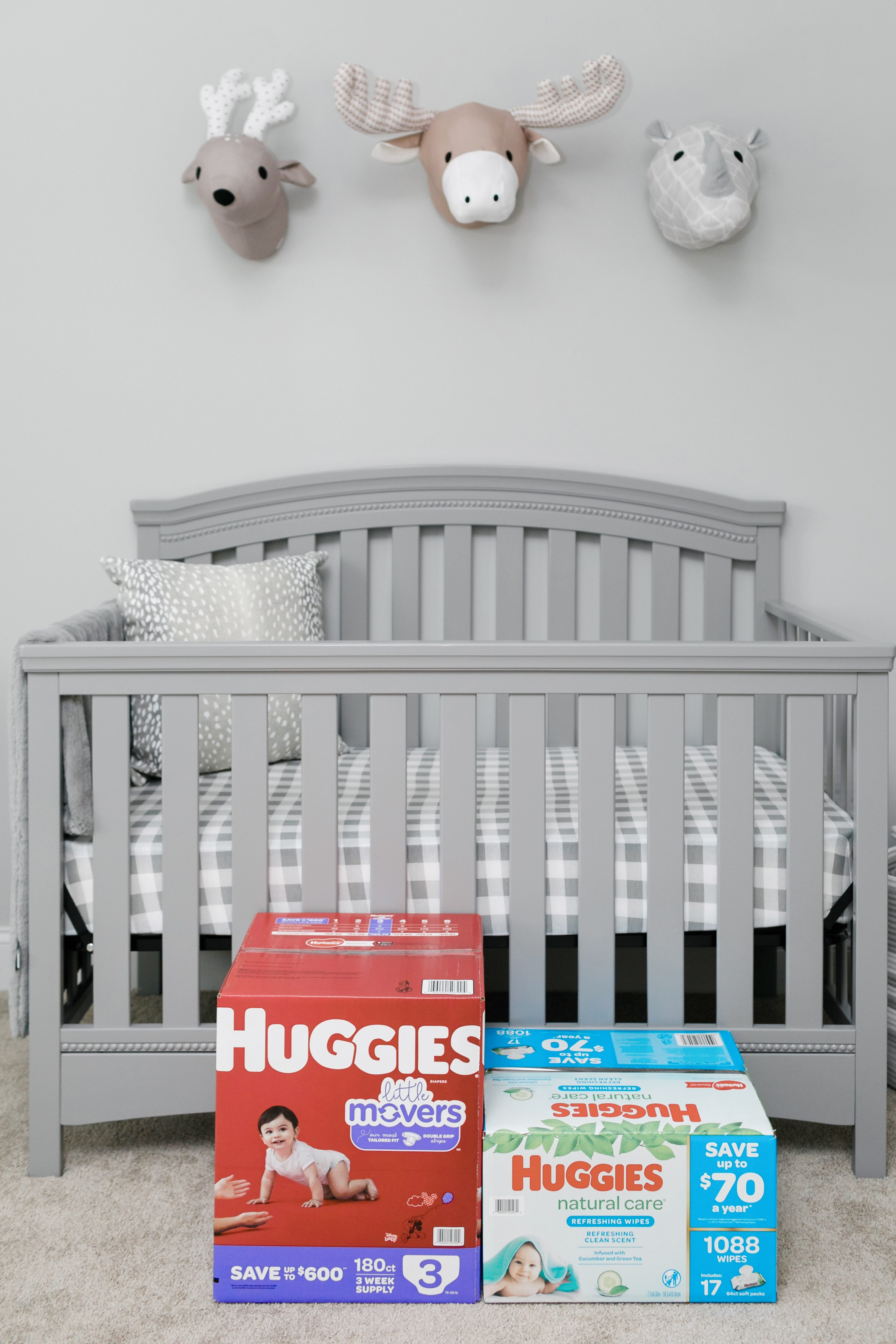 Huggies Refreshing Clean Baby Wipes and Little Movers Diapers review featured by top Memphis mommy blogger, Walking in Memphis in High Heels.