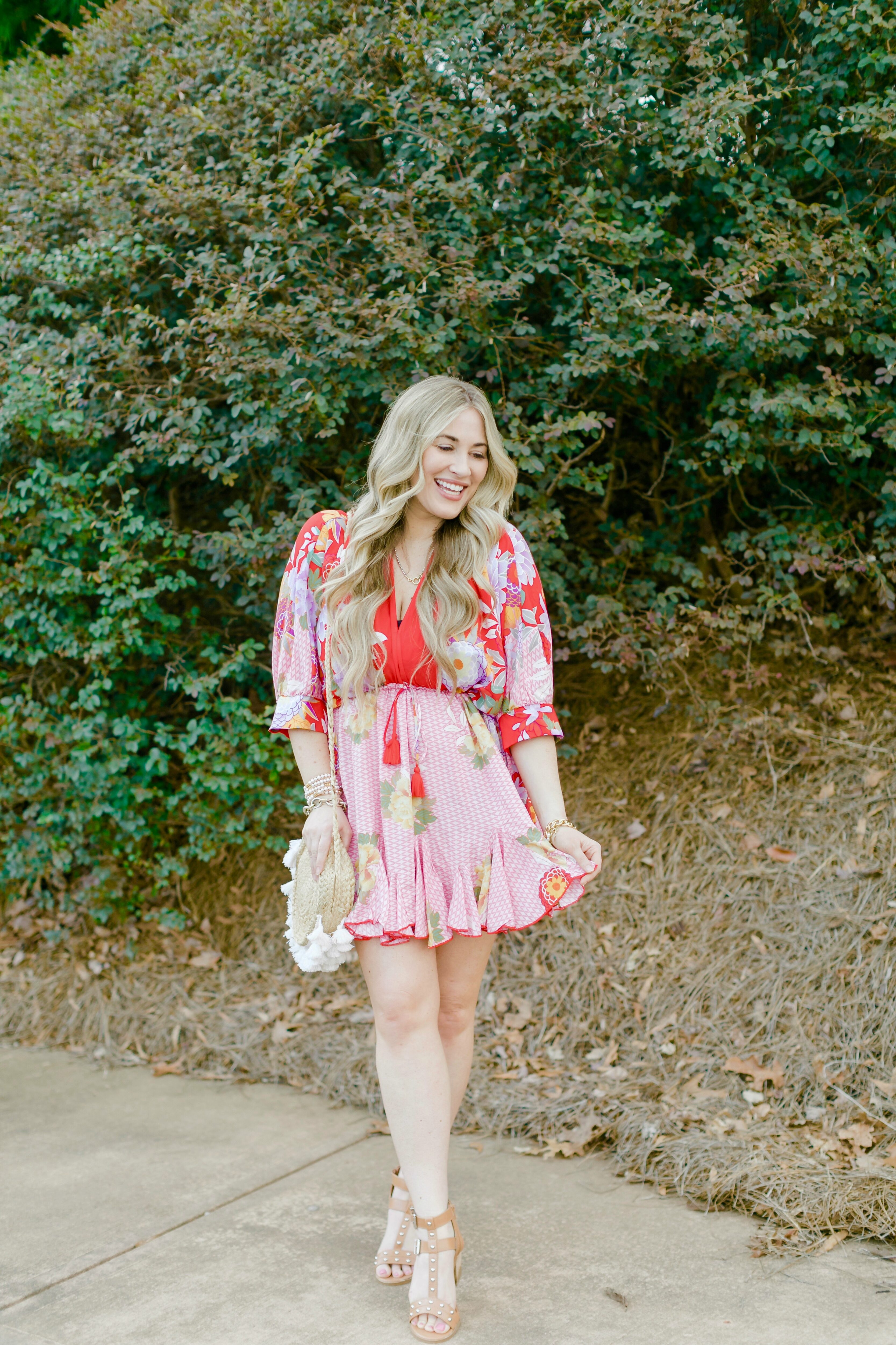 Spring florals featured by top Memphis fashion blogger, Walking in Memphis in High Heels.
