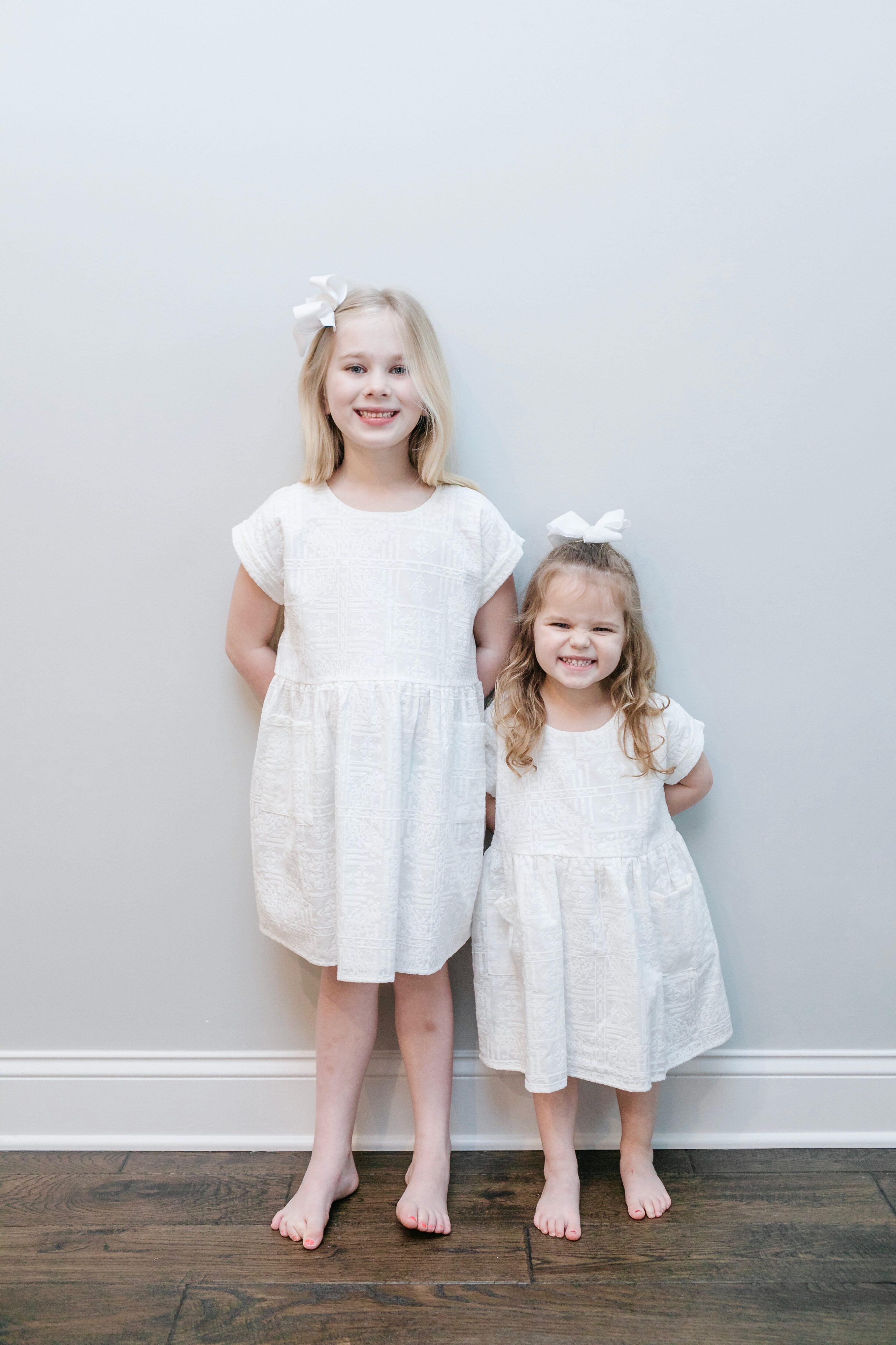 What to Wear for Spring Family Pictures, tips featured by top Memphis fashion blogger, Walking in Memphis in High Heels.