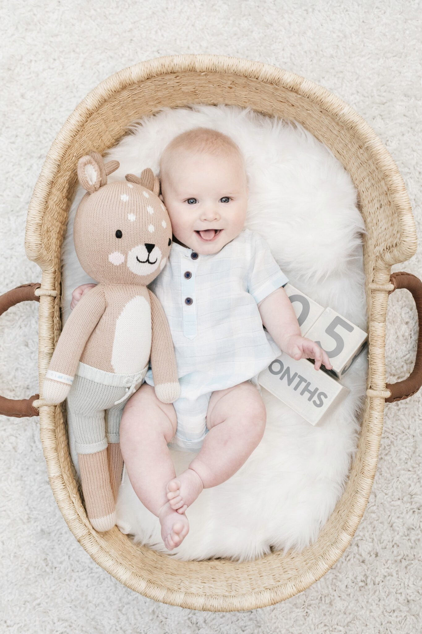 Grayson's 5 Month Baby Update featured by top Memphis mommy blogger, Walking in Memphis in High Heels.