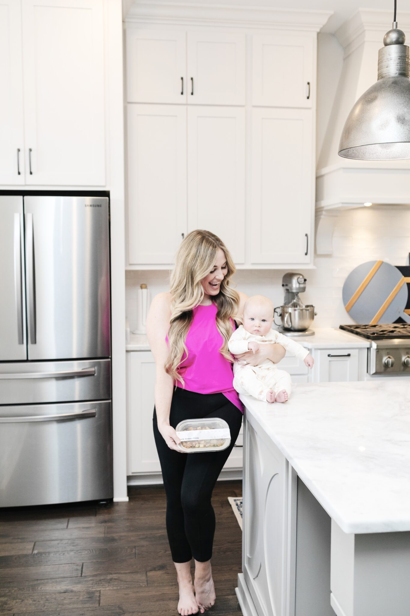 Top 5 Best Meal Delivery Services for your Family featured by top Memphis lifestyle blogger, Walking in Memphis in High Heels.