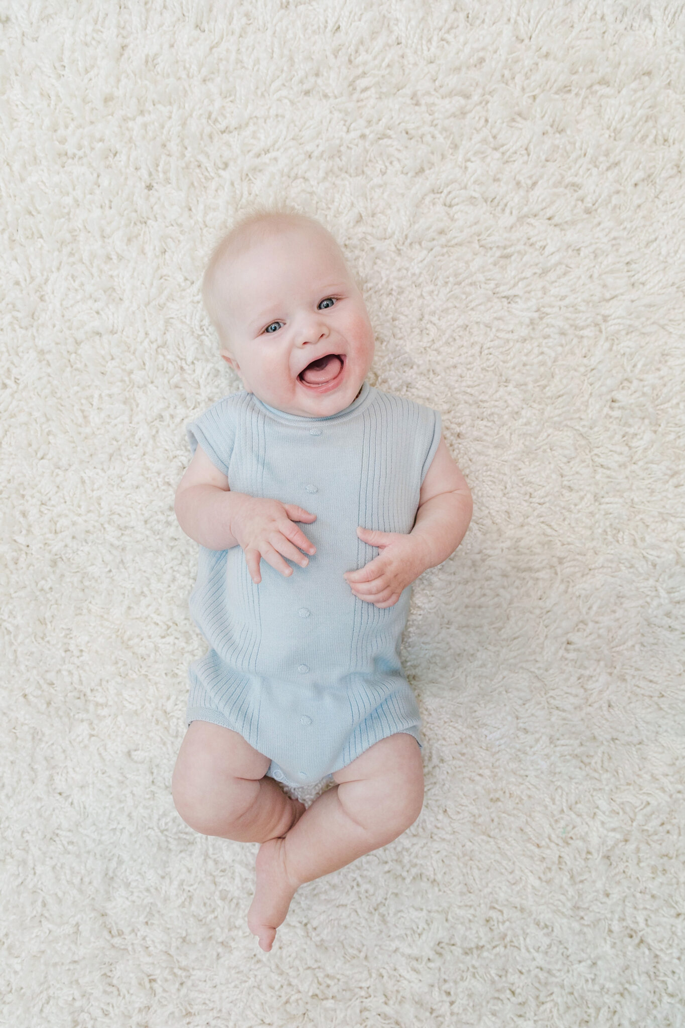 Grayson's 8 Month Baby Update featured by top US mommy blogger, Walking in Memphis in High Heels.