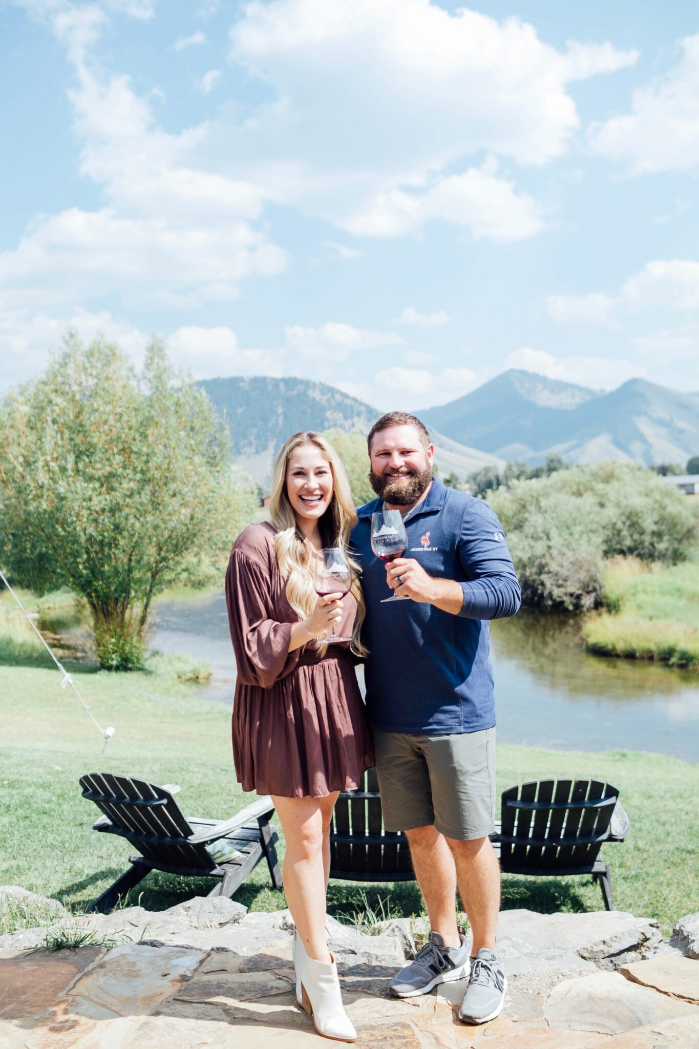 Top 5 Best Things to Do in Jackson Hole, WY in the Fall featured by top US travel blogger, Walking in Memphis in High Heels.